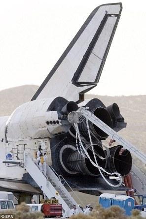 Space Shuttle Landing 04