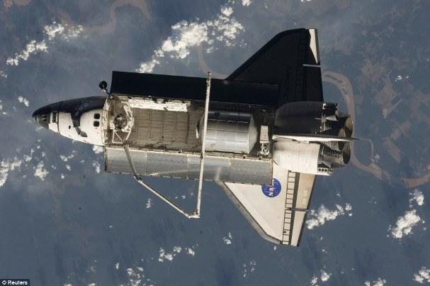 Space Shuttle Landing 06